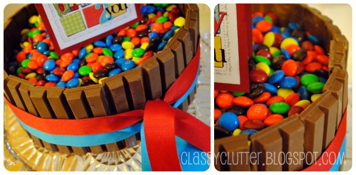 Super easy cake decorating! kit kat cake! Break me off a piece of that! ;) YUM!