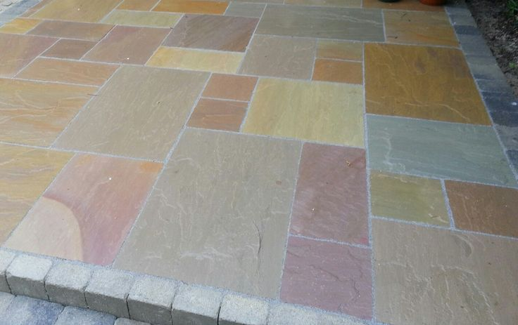 Indian Sandstone natural paving with five colours.