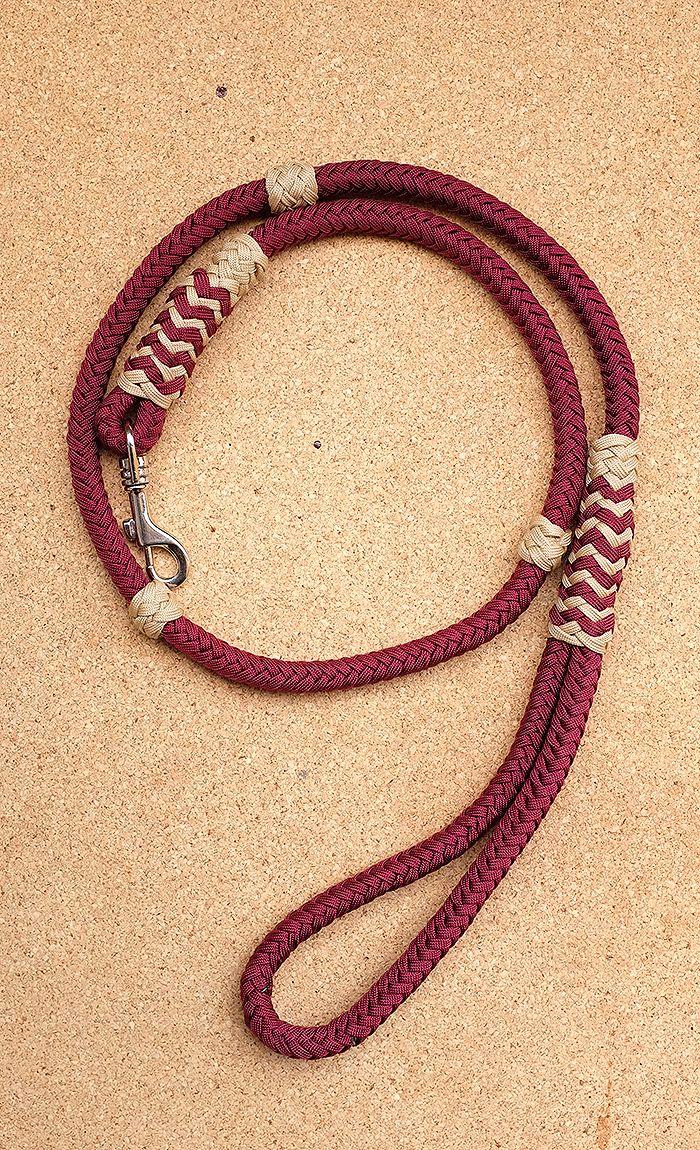 Classic dog leash, 8 strand square braid, Long turks head, gaucho knot