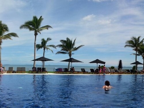 Fiji Beach Resort & Spa managed by Hilton Reviews - Nadi, Fiji -