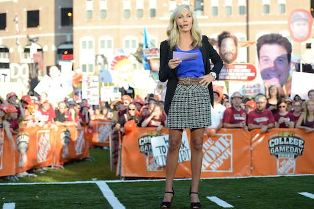 Samantha Ponder shares the ins and outs of sideline reporting - ESPN Front Row