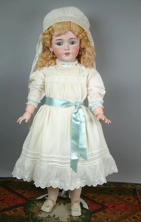 "Lovely 31"" Simon & Halbig 1249 ""Santa"" in Original Costume & Shoes : Kathy Libraty's Antiques | Ruby Lane"