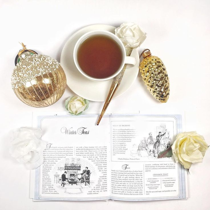 Heili Bridal Instagram wedding flatlay (@heilibridal) There's something cozy enjoying hot drinks in wintertime when it's dark and cold outside.