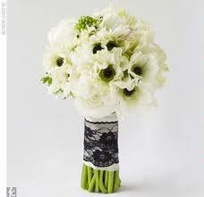 bukiet ślubnyWedding Plans, Bridal Bouquets, Lace Bouquets, Lace Wraps, Black Laces, Black White, Wedding Cake, Flower, Anemones