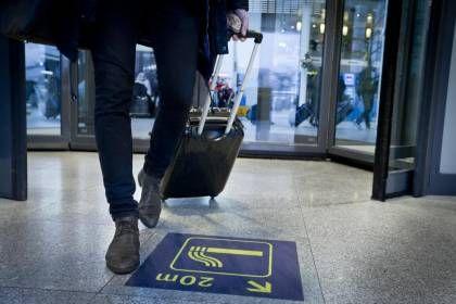 Udspekuleret lokke-metode: Sådan har rygerne i Kastrup fået bedre manerer - Politiken.dk
