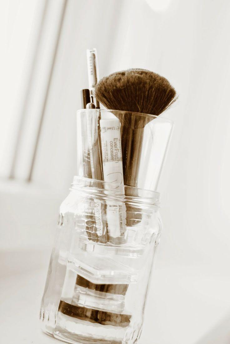 ber ideen zu make up aufbewahrung auf pinterest kosmetik aufbewahrung diy. Black Bedroom Furniture Sets. Home Design Ideas