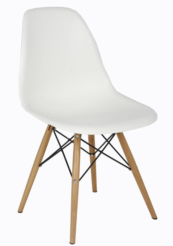 Silla de moda, Sencilla pero práctica y perfecta con una mesa redonda de cristal. Rodeate de cosas bonitas. kitkay.es