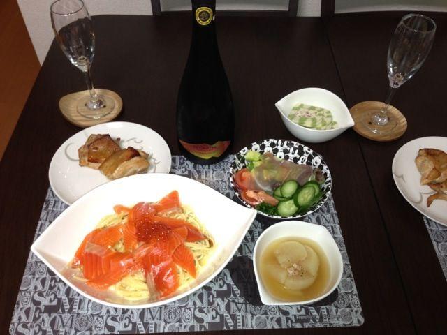 Xmas最後はおうちディナー♡ - 3件のもぐもぐ - サーモンクリームパスタ・照り焼きチキン by hidekana0330