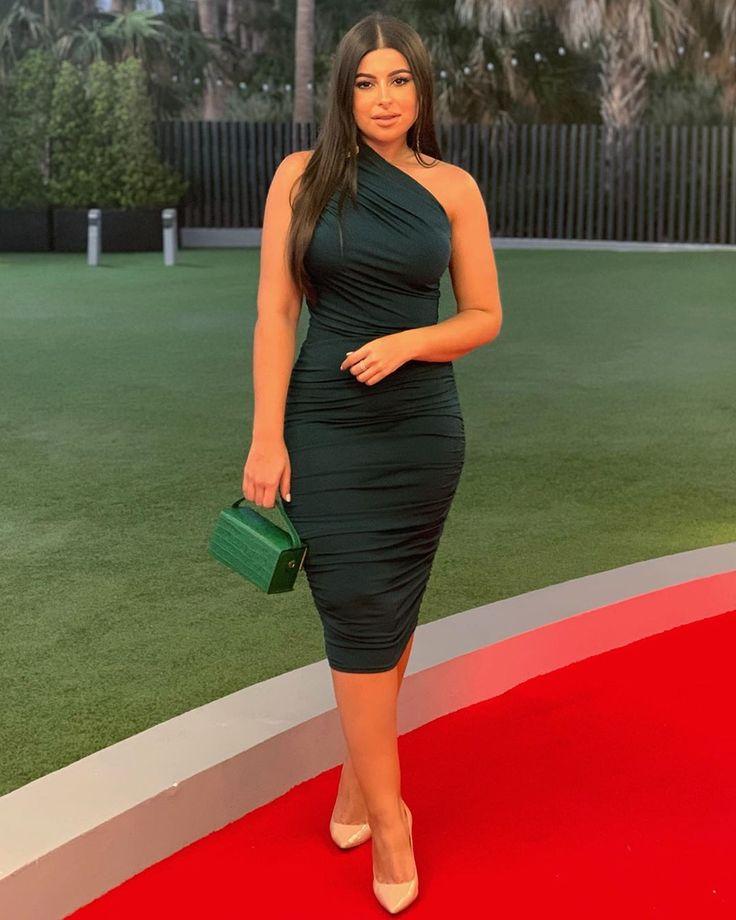 تألقي بهذا الفستان الاخضر الداكن بكتف واحد تسوقي من الرابط Plt Ca200187 فساتين فستان فستان اخضر Fashion Dresses One Shoulder Dress