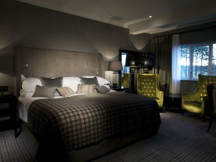 Diseño de dormitorio en tonos marrones