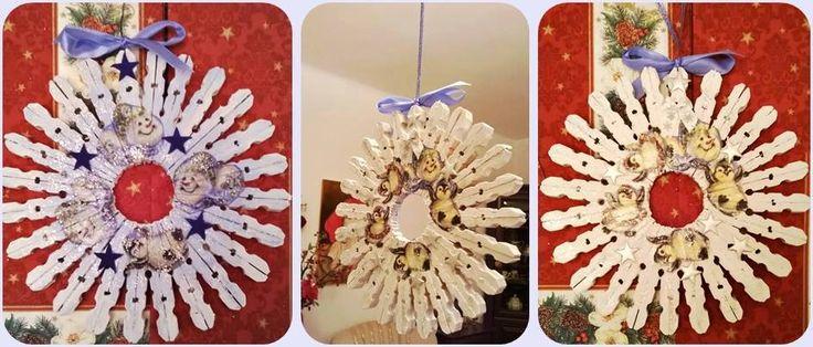Świąteczny wieniec z klamerek Autor: betio71 #QSQ #Christmas #wreath #ornament #inspiration #idea #decor #white #natural #wood #snowman #clothespin