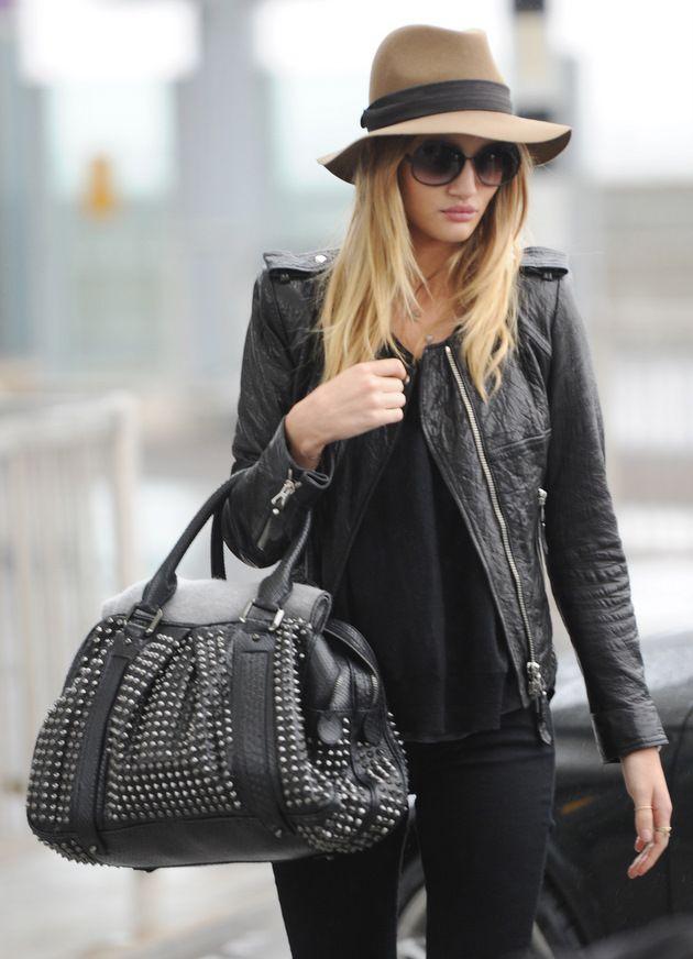 needHats, Rosie Huntington Whiteley, Fashion, All Black, Street Style, Black Outfit, Leather Jackets, Bags, Rosiehuntingtonwhiteley