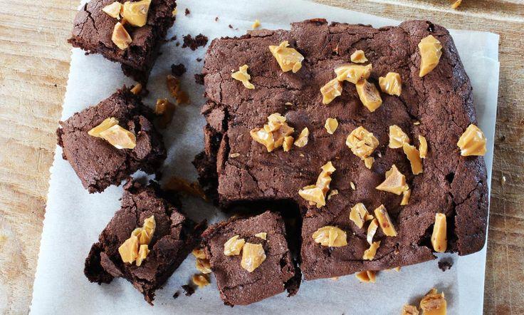 Karamel Zeezout Brownie recept | Dr. Oetker