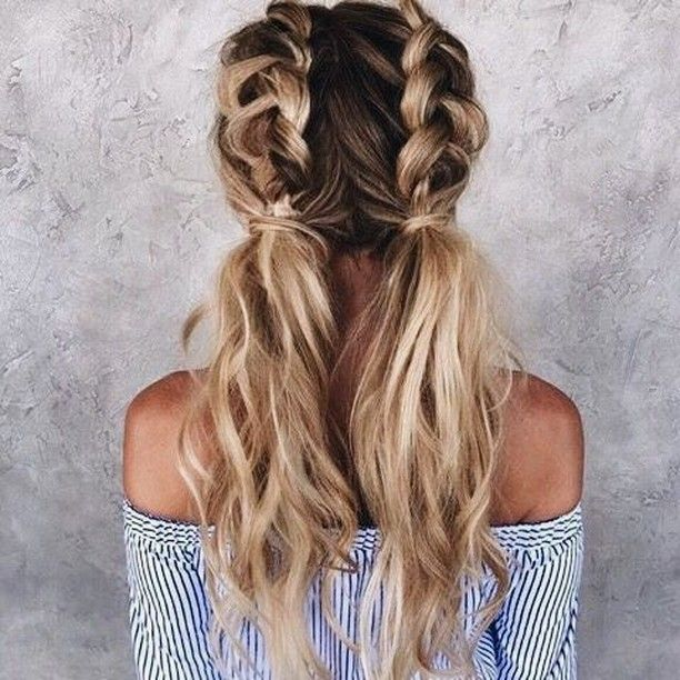 This Is The Perfect Summer Hairstyle To Keep Strands Out Of Your Face When It S Too Hot Outside To Functio Hair Styles Long Hair Styles Blonde Hair Inspiration