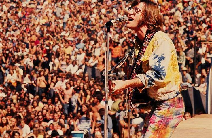 """John Sebastian jumped on stage for an impromptu five-song set. Here he is in the best pants of the festival singing """"younger generation"""" which he dedicated to a baby that was born at the festival."""