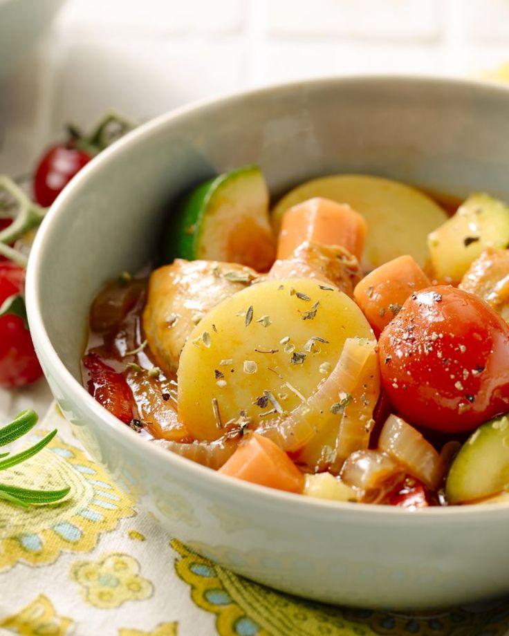 Provençaals stoofpotje met kip : de wortelen en aardappelen eerst best 10 minuten koken !