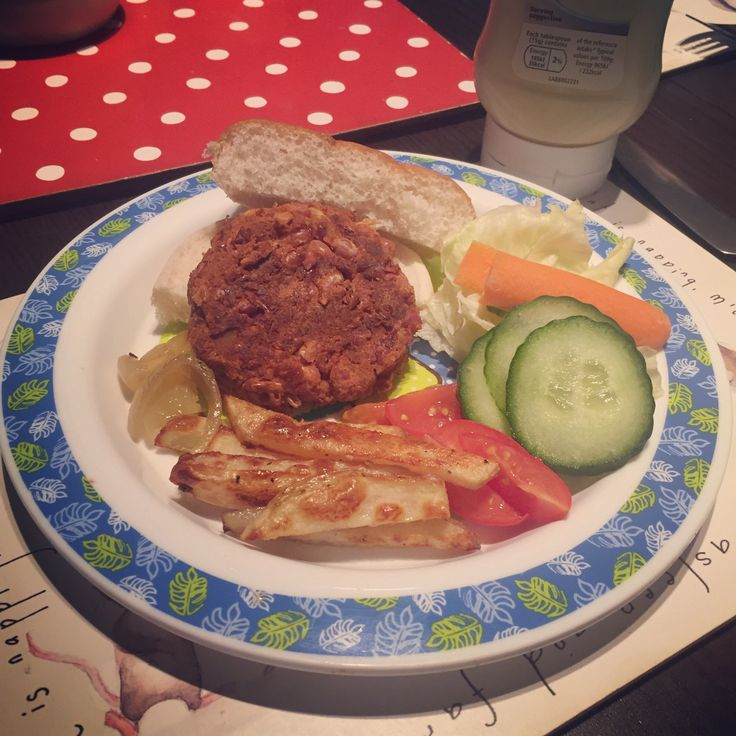 Sweet potato and bean burgers  vegan, dairy free, egg free, nut Free, soya free, vegetarian. Allergy friendly. www.mummybakesdairyfree.com veganuary