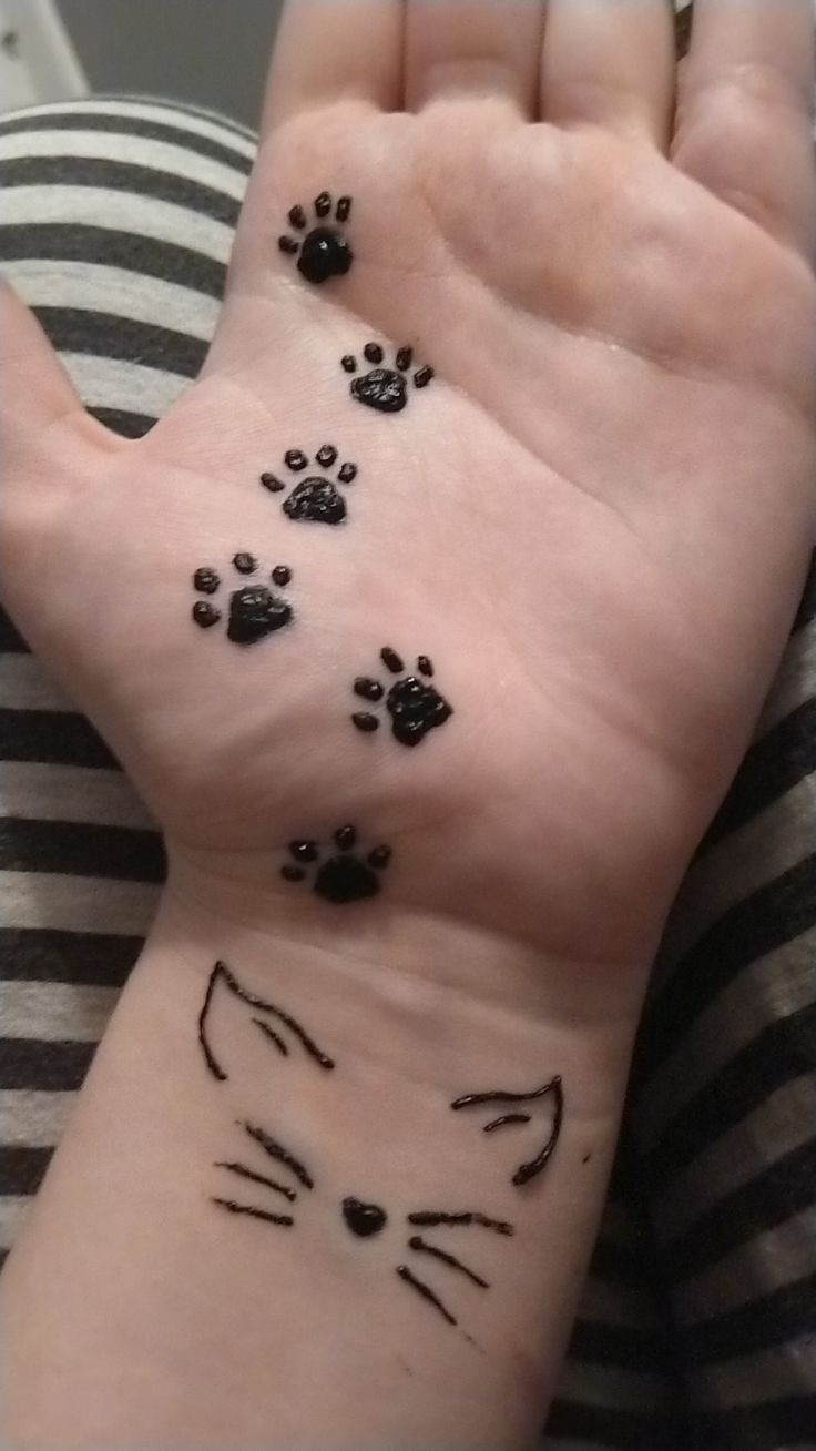 Did some cat henna and it turned out amazing