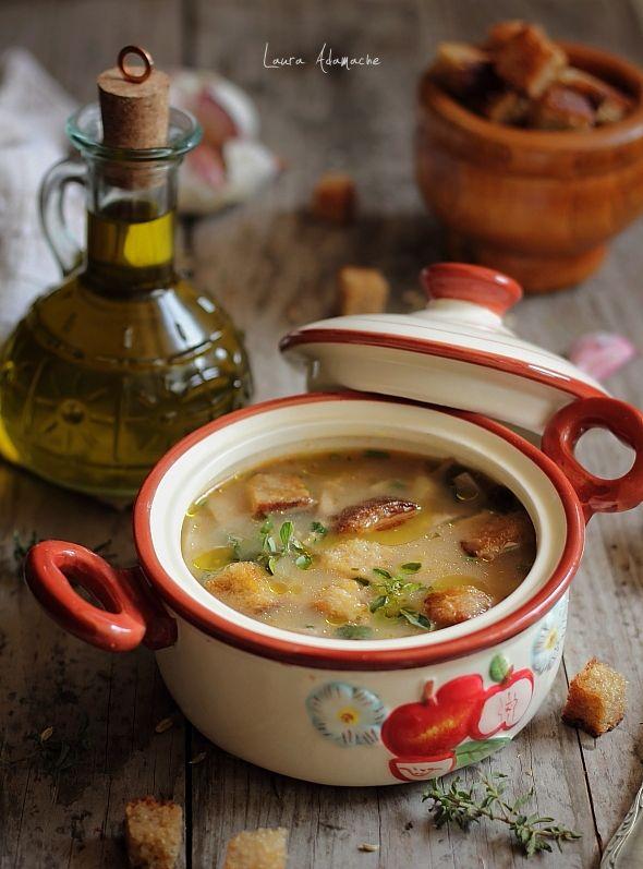 Ciorba de ciuperci champignon | Retete culinare Laura Adamache