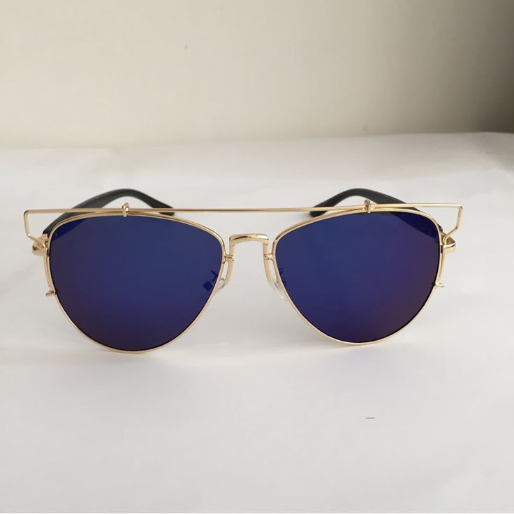 Item Type: Eyewear Eyewear Type: Sunglasses Department Name: Adult Brand Name: SHADOW Gender: Women Style: Round Lenses Optical Attribute: Polarized Frame Material: Alloy Frame Color: Silver Frame Col