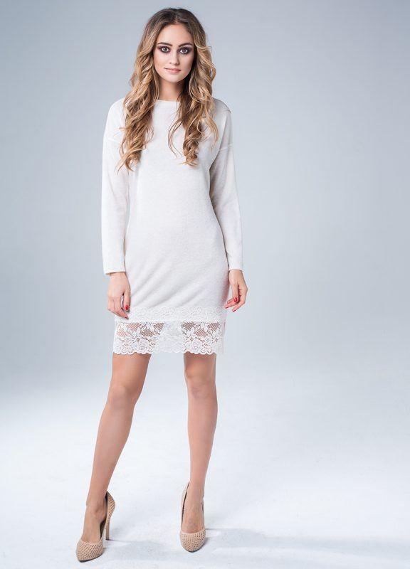 Платье — свитер с французским кружевом белое 2