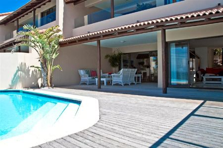 Dolphins Cove Luxury Beach Retreat for rent, St Francis, South Africa