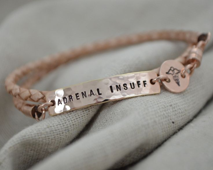 Slim version of the fashion wrap, a discrete and stylish accessory to carry your medical information. Can be stamped on front or back. **This bracelet is part of the casual line which is not intended