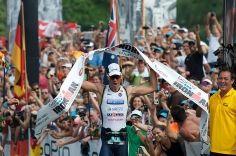 Az IRONMAN világbajnok Frederik van Lierde a sportág nagykövete