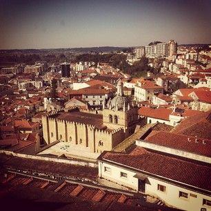 Portogallo on the road   via One Life in Travel   28/03/2014 Un viaggio di 6 giorni in Portogallo, da Porto a Lisbona, alla scoperta di un paese senza tempo. Photo: Coimbra #Portugal