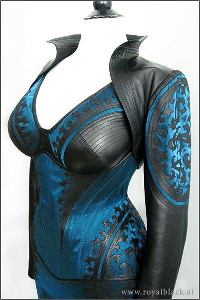 "Ensemble ""Blue Blood"" from Royal Black link:  http://royalblack.at/blue-blood-386.html"