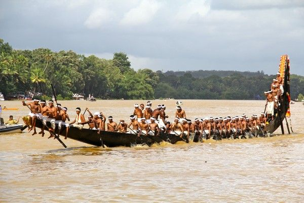 happy onam 2014 boat racing images