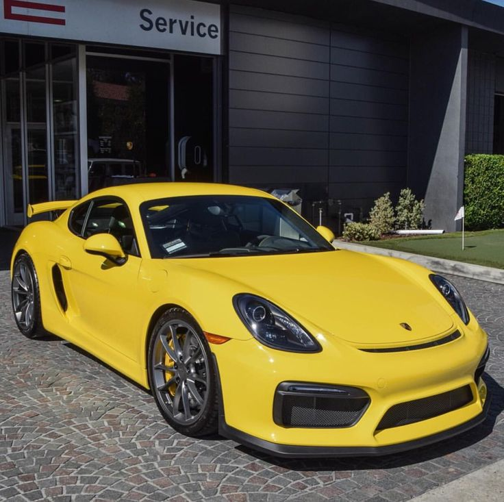 Porsche Cayman GT4 painted in Racing Yellow Photo taken by: @noahgphotography on Instagram (@salomondrin on Instagram is the owner of the car)