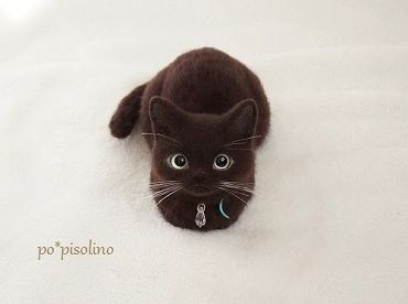 Needle felted cat by Po*Pisolino.  ADORABLE!