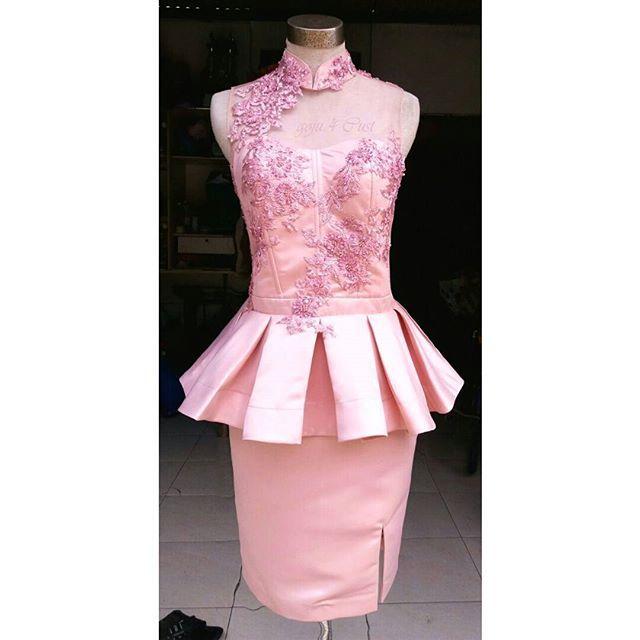 Big size bustier dress with flared ploi peplum... lace and beads applicated ... 4 ms.yemmy ... ♥♥♥ // 744EBCAD - goju.id (LINE) // #designerindonesia #fashion #hautecouture #jakartawedding #ootd #ootdindo #ootdfashion #babyootd #bigsizeootd #bigsizeshop #bigsizefashion #lookbook #vsco #vsf #preweddinggown #engagementdress #bridesmaids #lookbookindonesia #fashionblogger #madebyorder #customsize #indonesiandesigner #momanddaughter #preweedingphoto