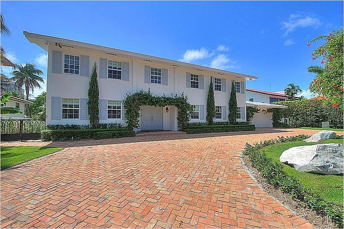 $2,795,000 - 364 Ocean Blvd Golden Beach, FL 33160