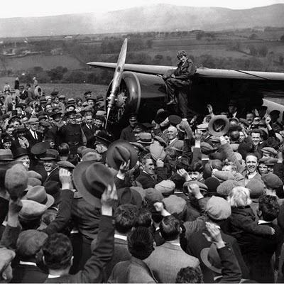 Amelia EarhartPhotos, Crowd Cheer, American History, Single Engineering Lockheed, Vegas Airplanes, Northern Ireland, Lockheed Vegas, Amelia Earhart, Earhart Mysteries