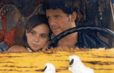 """Lisbela e o Prisioneiro <3 """"O amor é como um passarinho: canta sem ter pena, canta sem ter ninho."""""""