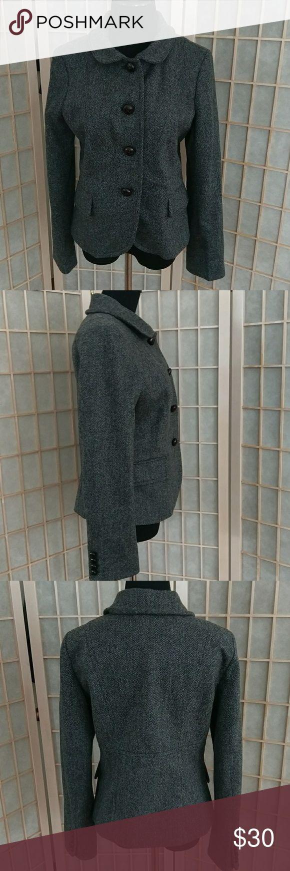 J Crew herringbone pattern lined wool jacket J Crew wool jacket in herringbone pattern. Full lined. Pockets. Size 8 women's. Medium. Leather buttons. J Crew Jackets & Coats