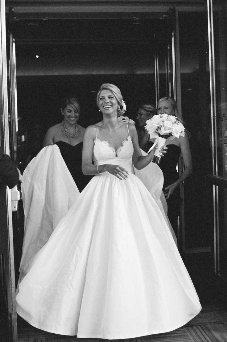 I 39 m selling my stunning amsale coco wedding dress and veil for Amsale wedding dress price