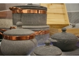 Pentole in pietra ollare per zuppe, polenta e brasati #home #furniture