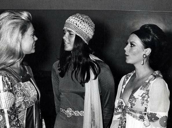 Natalie with actresses Dyan Cannon and Ali MacGraw #blackandwhite