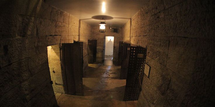 The dungeon-like cells of the 1859 Jail housed thousands of prisoners during the bloodiest time in Jackson County's history, including Frank James and William Clark Quantrill. Looking much like it did the morning of the Battle of Independence, for a time it served as headquarters for the Union Provost Guard under the command of Lt. Charles Meryhew.