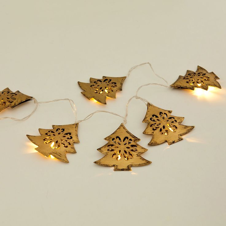 Garland Light Trees - Decoration - Collection - Christmas / Guirlande Lumineuse Arbres - Décoration - Collection - Noël | Zara Home Canada