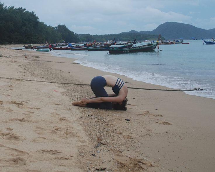 Stefanie Yoga Step!!