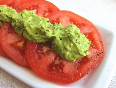 """Avocado and basil """"mayonnaise"""" - it looks so thick and spreadable... and yummy!"""