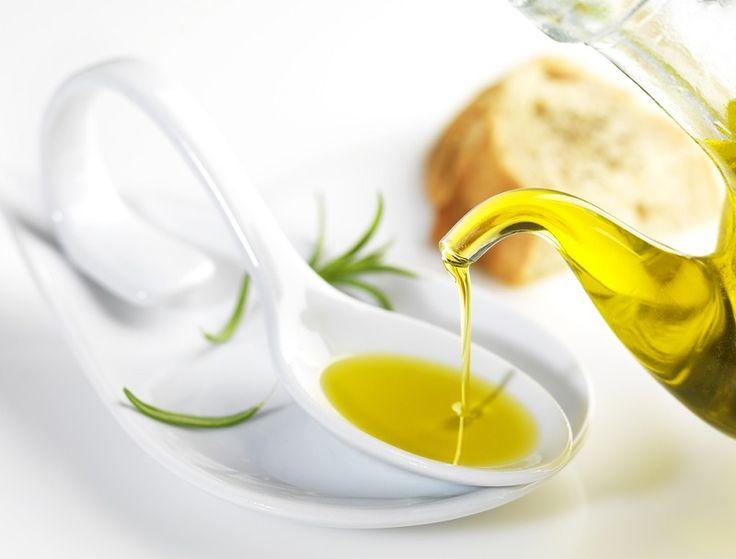 Oleje - opis, wygląd, smak i zastosowanie: olej arganowy, olej imbirowy, olej z orzechów makadamia.
