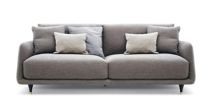 Elliot #ditreitalia #sofa #newproducts #livingspace #2016 #design