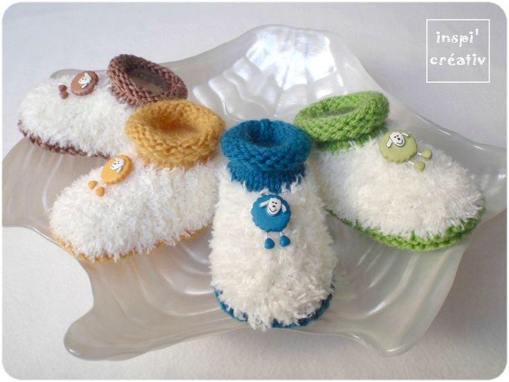 Vous avez été très nombreux à me demander le tuto de mes petits chaussons moutonneux pour bébé... et bien, j'ai retrouvé de jolis boutons...