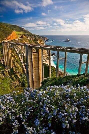 Bixby Bridge on Hwy 1 south of Monterey, CA