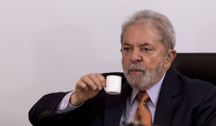 """""""Si una condena política prohíbe a Lula ser candidato, sería un fraude"""" -  Luiz Inácio Lula da Silvasube el tono de voz y proclama: """"Estoy con la tranquilidad de los inocentes, ellos están con la tranquilidad de los mentirosos. Saben que mintieron. Los que me acusan saben que un día su hijo se va a despertar y a proclamar: 'Padre, ¿por qué mentiste sobre Lula?"""". En un... - https://notiespartano.com/2018/01/19/una-condena-politica-prohibe-lula-candidato-ser"""